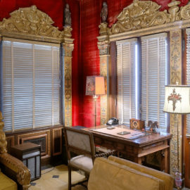 Casa Del Mar Sitting Room | Hearst Castle